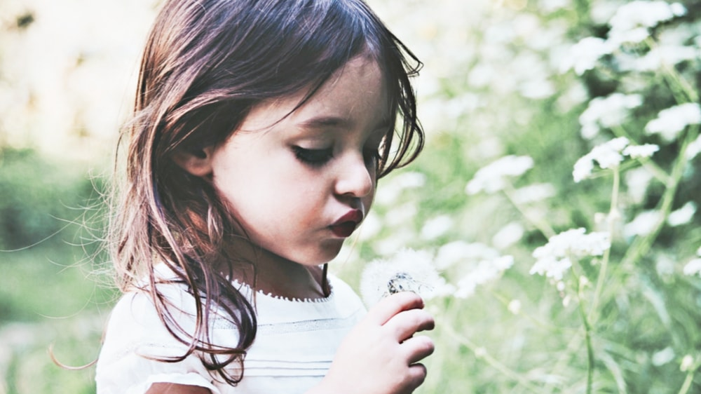 what-is-emf-child-in-nature product photo